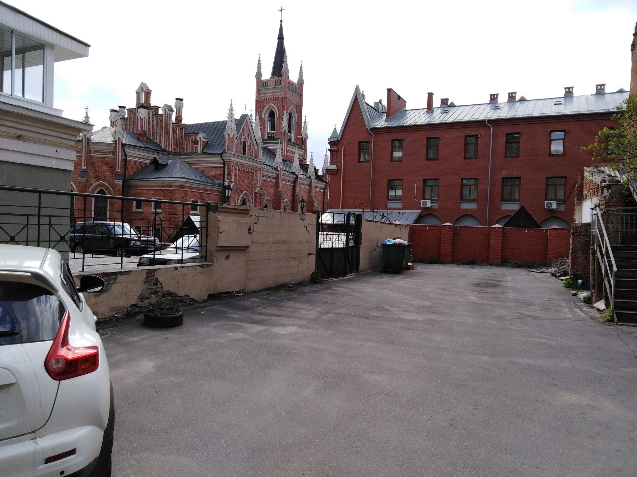 Фальцевая Кровля католического храма Харьков